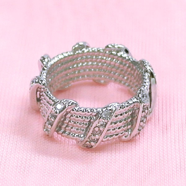< Sterling Silver Ring